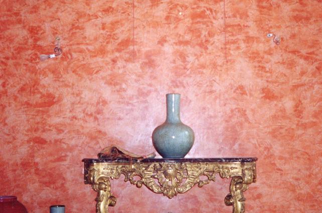 imagette Chaux ferrée des murs, ton terre cuite et ornements de la corniche en motifs géométriques 000023 copie